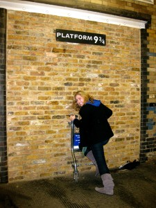 Harry Potter Kings Cross Platform 9 and 3/4s