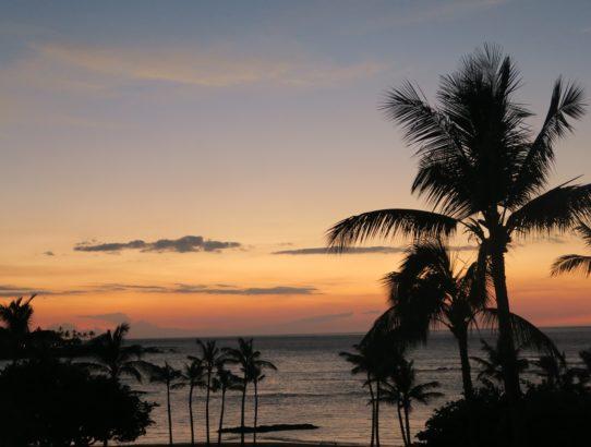 mauna lani bay sunset big island hawaii